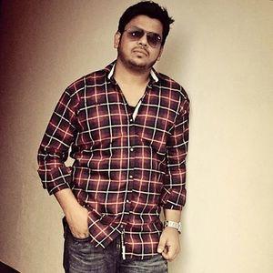 Asad Yusuf Travel Blogger