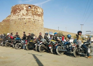 What Happened When A Biker Rode Into The Beauty Of Rann Of Kutch For 4 Days