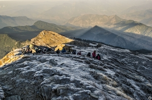 Here's An Adventurous And Exciting Alternative In The Himalayas To Your Boring Office Trips