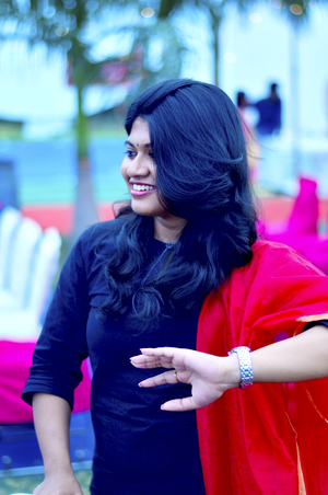 Ishita Bhowmik Travel Blogger