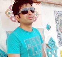 Ali Naqvi Travel Blogger
