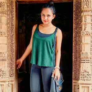 Akanksha Biswas Travel Blogger