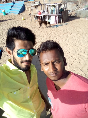 Dhar Shan Travel Blogger