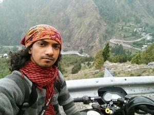 Kapil Nathan Travel Blogger