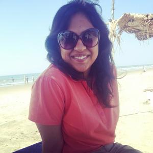 Aakshi Travel Blogger
