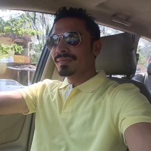 Azeeb Travel Blogger