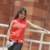 Naina Sundriyal Travel Blogger