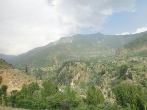 Trekking towards Gangabal Lake