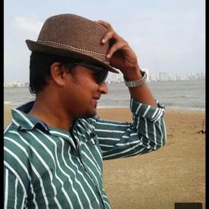 Mohd Isaq Ashu Travel Blogger
