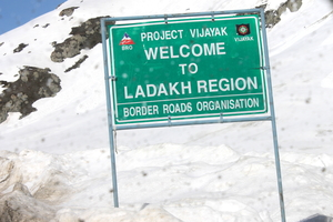 Ladakh- Leh, Khardung-la, Diskit, Nubra