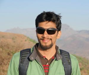 Alok Moghe Travel Blogger