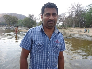 anand Travel Blogger
