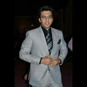 Neeraj Mahendru Travel Blogger