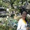 Louise Yee Travel Blogger