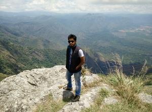 D Jerif Travel Blogger