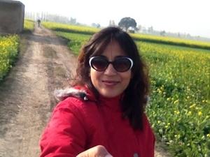 Ragini Puri Travel Blogger