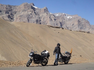 Pune-Leh-Pune Bike Road Trip Of 6506 km