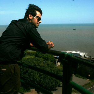Ayush Tandon Travel Blogger