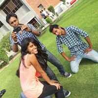 ayushi gupta Travel Blogger
