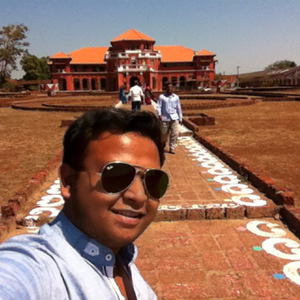 pratik Travel Blogger