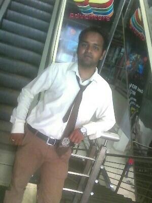 Raj Sharma Travel Blogger