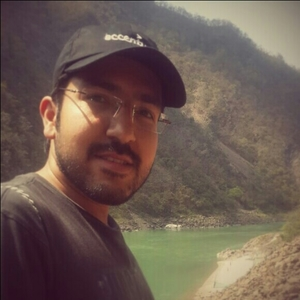 Rachit Taneja Travel Blogger