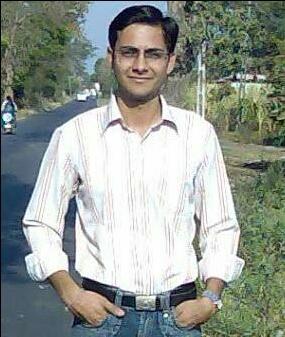 Kapindra Travel Blogger