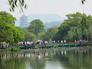 China's paradise on earth – Hangzhou! Is it worth a visit?