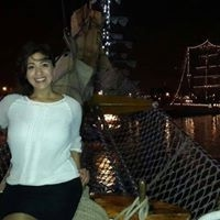 Adriana Voyce Travel Blogger