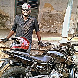 Ashwanth Deva Travel Blogger