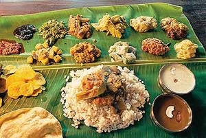 Tasting 8 delicacies in Kerala