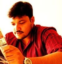 Ushnish Sarkar Travel Blogger