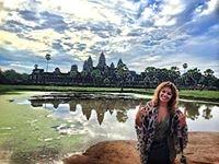 Emma Olmi Travel Blogger