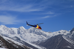 Champagne Breakfast on Mt.Everest by Helicopter