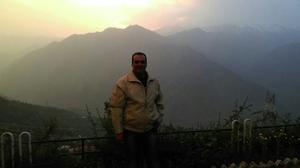 Jayesh Ramani  Travel Blogger