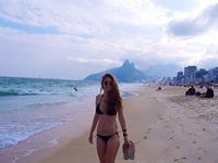 Julia Saunier Travel Blogger