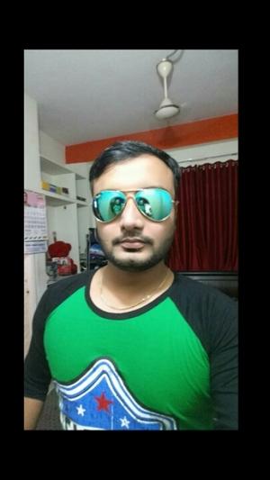 Sahir Charania Travel Blogger