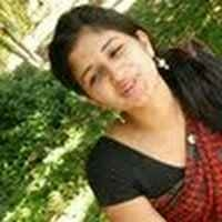 Sneya Srilan Travel Blogger