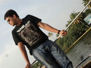 Dinesh Shekhar Travel Blogger