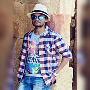 Rohan Panchal Travel Blogger