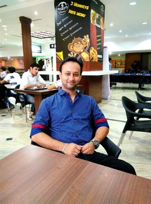 Partha Travel Blogger