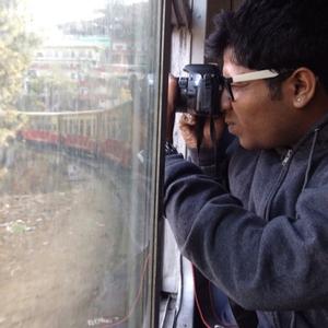 THE NEIL Travel Blogger