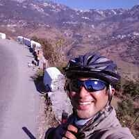 aman sadana Travel Blogger