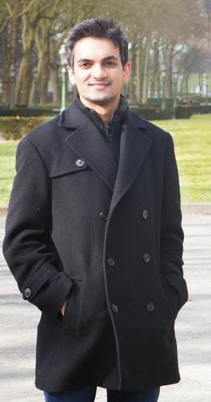 Dhruv Vatsal Travel Blogger
