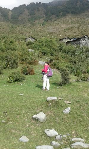 Mcleod ganj-Triund-Snowline-Lahesh caves-Indrahaar paas