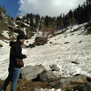Mohit Dubey Travel Blogger