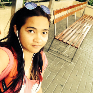 Meg Travel Blogger