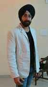 Ravinder Singh Travel Blogger