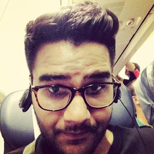 yogrsh Travel Blogger