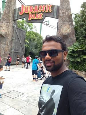Roank Shah Travel Blogger